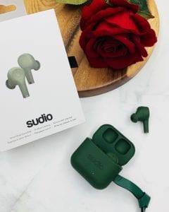 七夕情人節 ♥ 為最愛送上窩心禮物►Sudio ETT真藍牙耳機